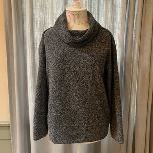 Sweatshirt/sweater. Roots size xs.